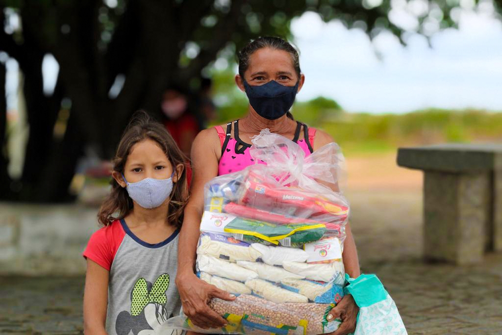 IAC realiza entrega de cestas de alimentos da Campanha Solidariedade Contra a Fome